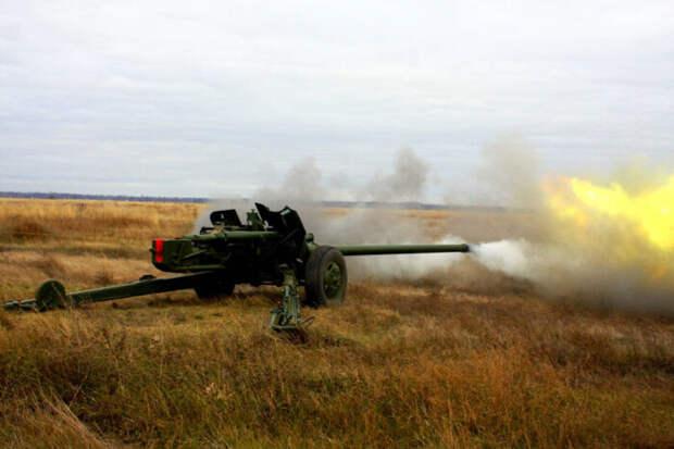 ВСУ нанесли удары поМарьинке в ДНР из100-мм орудий МТ-12