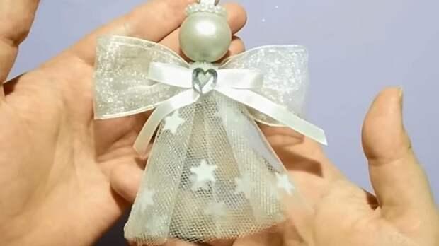 Рождественское украшение из ткани и лент!  Чудесная идея для ёлки