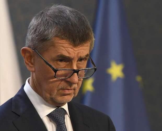 Mlada fronta DNES: Бабиш попросил страны ЕС выслать «хотя бы по одному» дипломату РФ