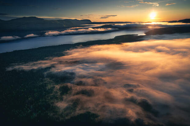 Above Lapland by Tobias Hägg on 500px.com