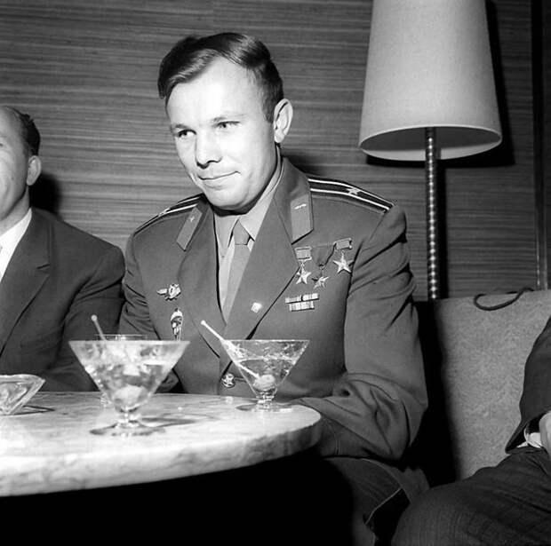 Совсем другой Гагарин