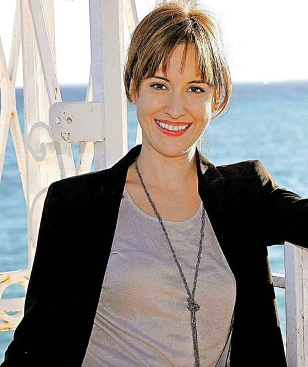 Медея Маринеску стала известной в Румынии актрисой – она много снимается в кино и играет в театре.