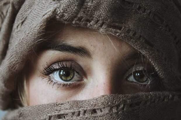 Постоянная сухость глаз: как избавиться от проблемы?
