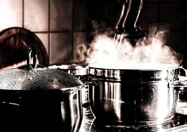 Как отмыть пригоревшую кастрюлю: полезные советы