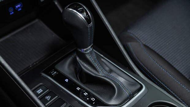 """Смерть """"автомата"""": основные ошибки водителей, которые ломают коробку передач"""