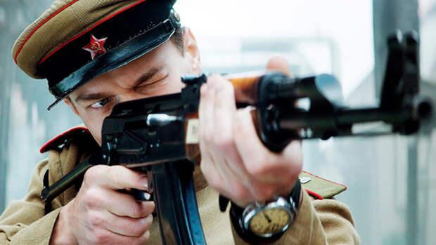 Кино по госзаказу? Калашников, Россия, церквушка и пьяный офицер НКВД