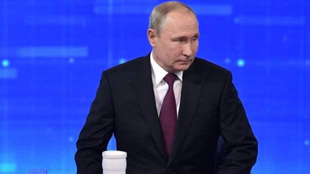 Путина пригласили в Ливию для урегулирования кризиса в стране
