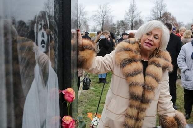 Невестка запретила вдове Караченцова видеться свнуком