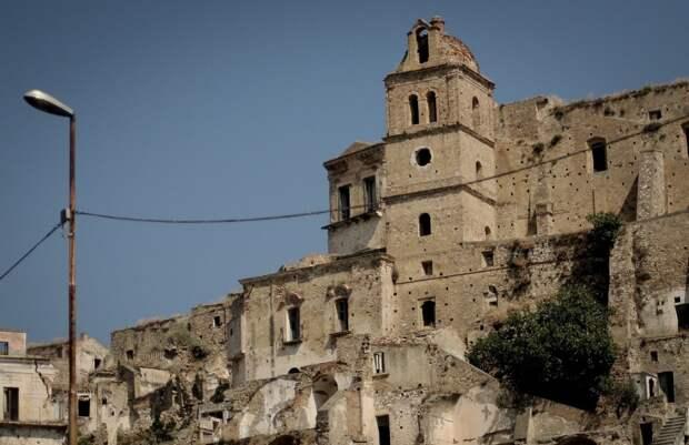 10  городов, которые кажутся пустыми, а некоторые могут и исчезнуть
