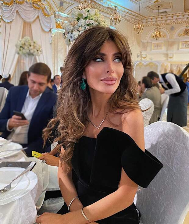 Копии Ирины Шейк иАнджелины Джоли: как выглядят восточные инстадивы