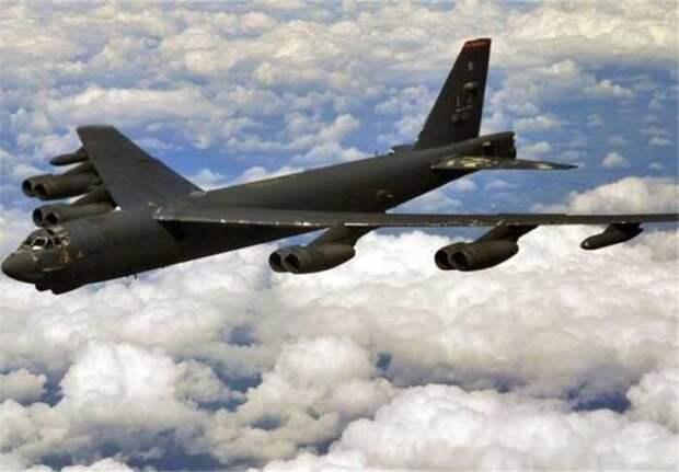 США перебросили в Европу дополнительные бомбардировщики B-52