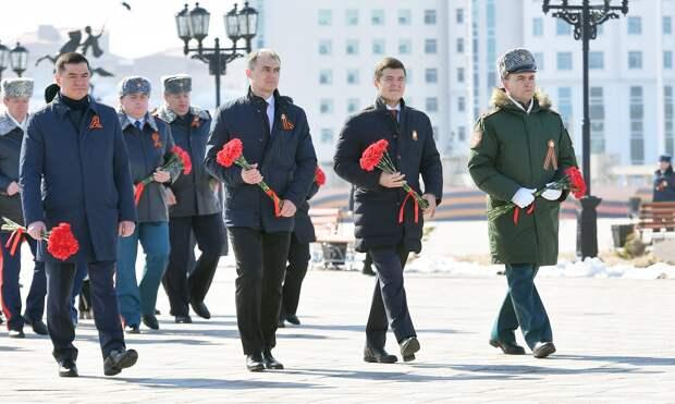 Губернатор Ямала поздравил жителей округа с 76-й годовщиной Победы