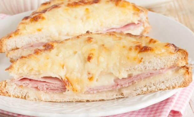 Крок-месье от Алена Дюкасса: утренний сэндвич как подают во французских кафе