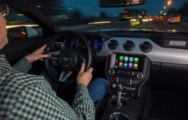 Интерьер Ford Mustang/ Фото: thenewswheel.com