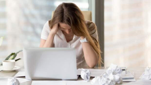 Неврологи перечислили основные факторы возникновения мигрени