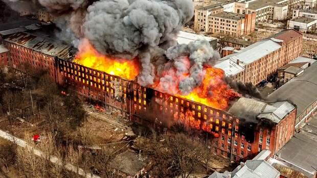 Пожар на Невской мануфактуре полностью потушен спустя шесть дней