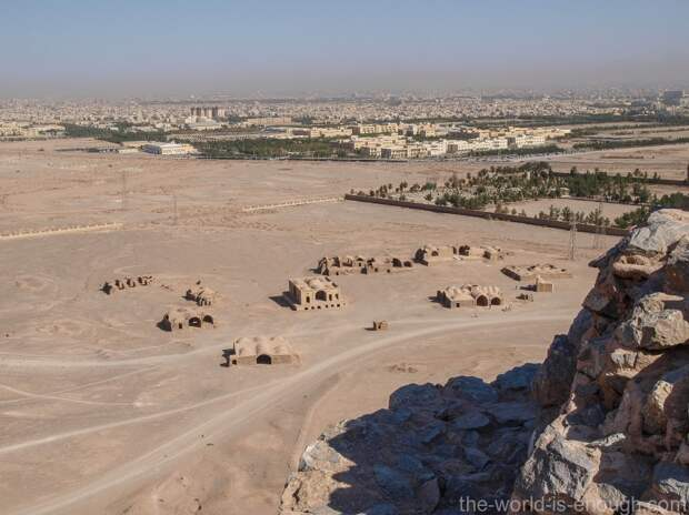 Иран, Йезд, Башня молчания, вид на город