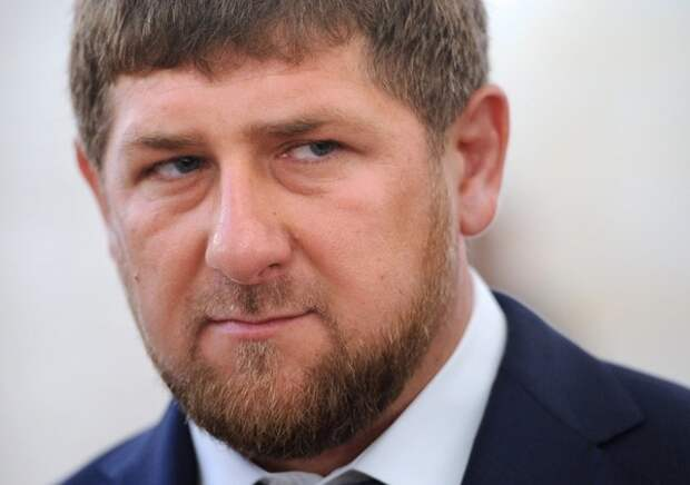 Кадыров заявил о готовности отдать жизнь за свою позицию по Макрону