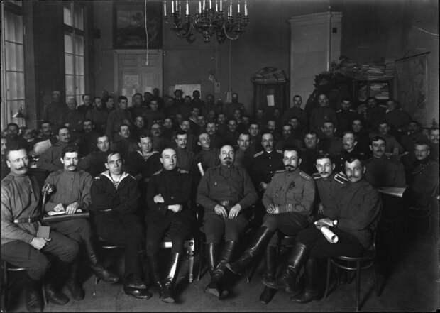 Жизнь Советского Союза в фотографиях. 1917-20-е... Ч.1
