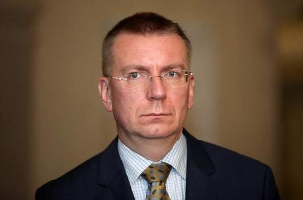 Глава МИД Латвии: Мы видим, как наращивается российская военная мощь у границ Украины