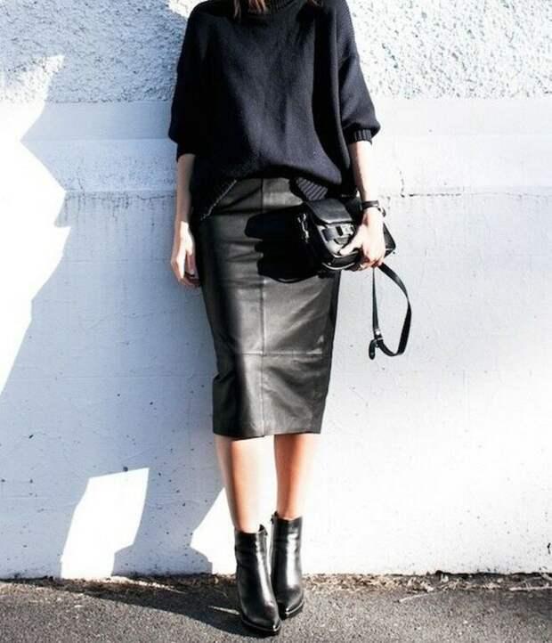 6 идей, с чем носить кожаную юбку женщине 50+, чтобы выглядеть стильно, а не вульгарно