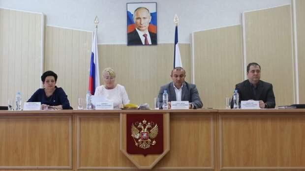 В администрации прошло совещание с главами сельских поселений Симферопольского района