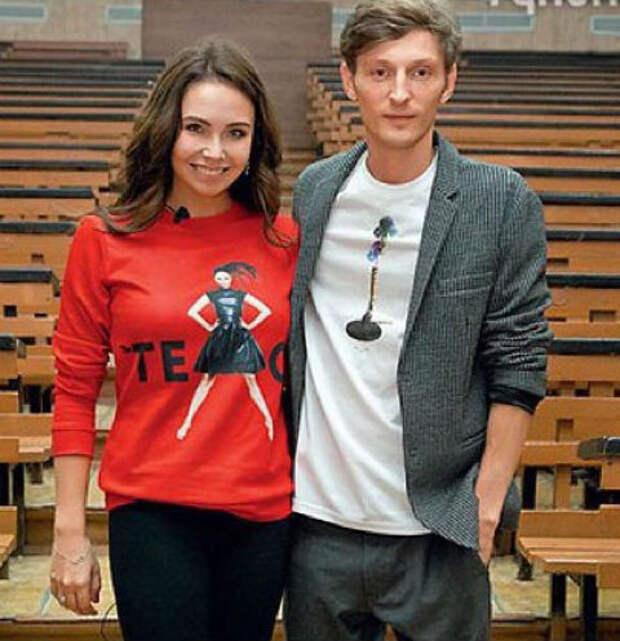 Воля уговаривает Утяшеву сменить фамилию