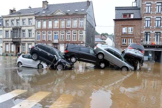 Сравнение наводнений и их последствий в России, Германии и США