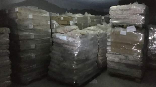 Найдены контрабандисты, поставляющие из Петербурга в Китай субпродукты кур