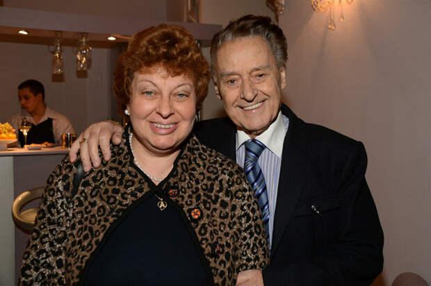 С Анной после многих лет брака