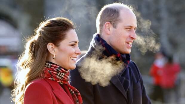 Кейт Миддлтон оставила принцу Уильяму послание с помощью блузки