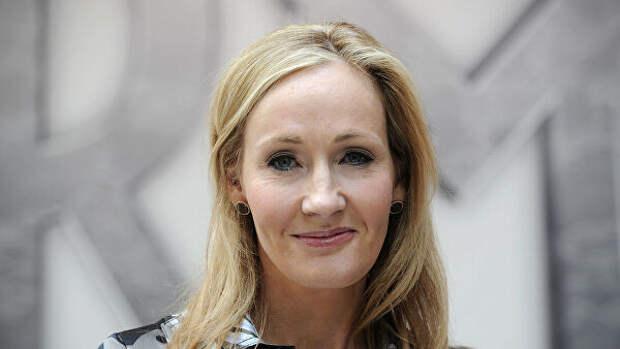 """Джоан Роулинг рассказала, где начала сочинять """"Гарри Поттера"""""""