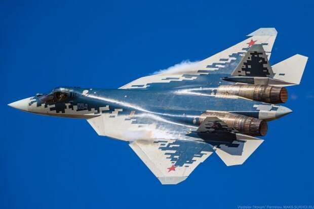 Истребитель Су-57 будет управлять группами БПЛА