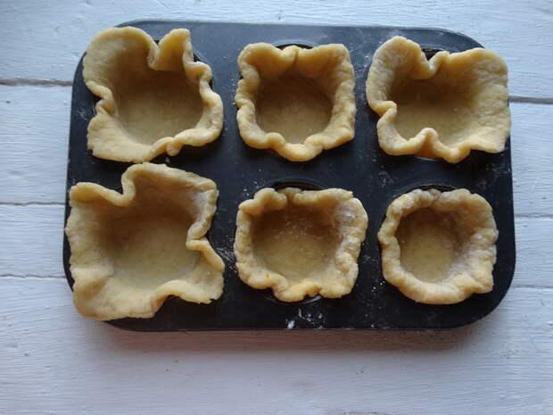 Итальянский десерт «Софиони» - мой эконом вариант на твороге. Рецепт удешевила, а вкус ничуть не хуже, наслаждаюсь