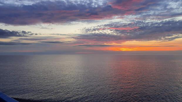Рассвет на Ладожском озере