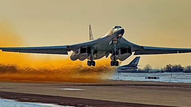 «Белый лебедь» с «Кинжалом»: в США напуганы новым проектом России по гиперзвуку