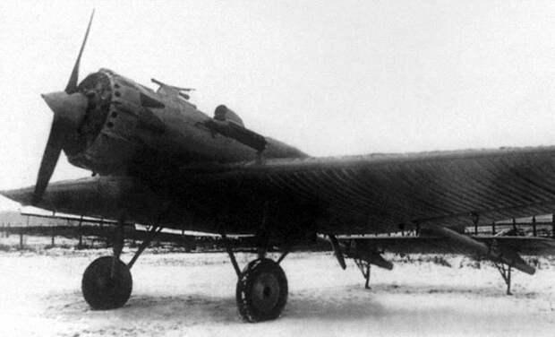 Пушечный перехватчик Туполев И-12