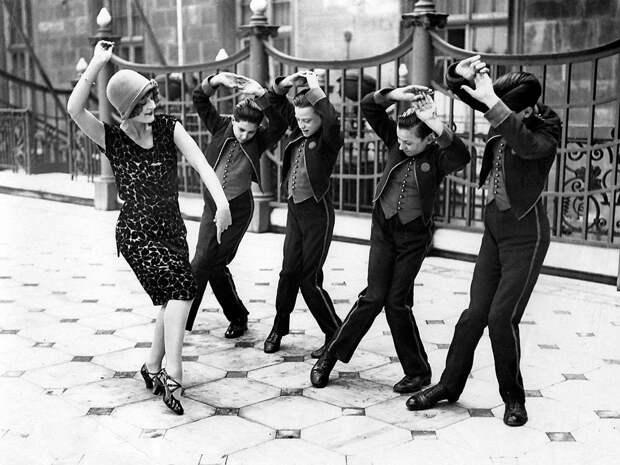 Ретро-танцоры