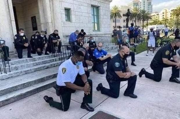 ВРосгвардии осудили вставание наколено полицейских вСША: Это унизительно
