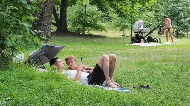 Гидрометцентр пообещал москвичам 30-градусную жару на выходных