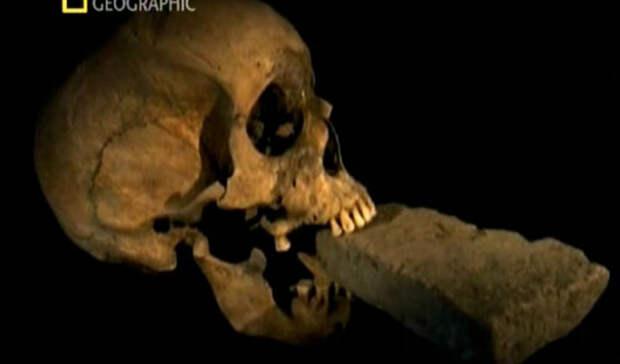 Самые пугающие и странные артефакты мира