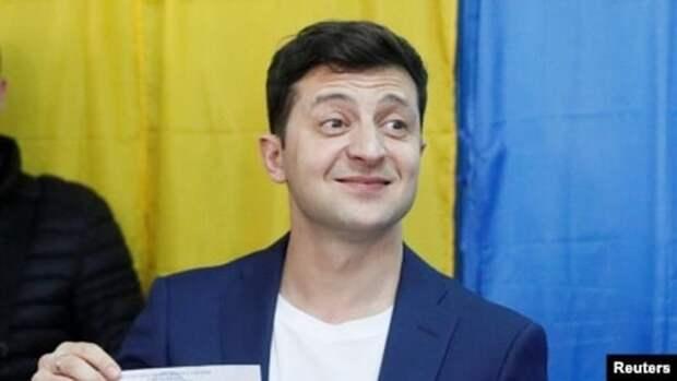 Зеленский создал «министерство правды» и анонсировал введение экономического паспорта украинца