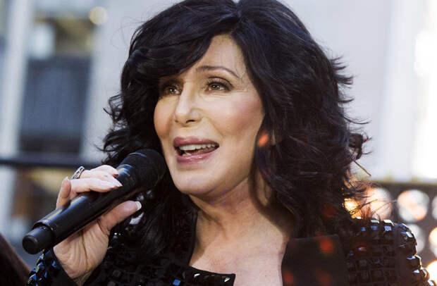 Легендарной Шер – 75: как певице удаётся сохранять молодость