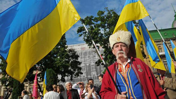 «Писал человек с симптомом когнитивного диссонанса» - Захарова о новой Внешнеполитической стратегии Украины