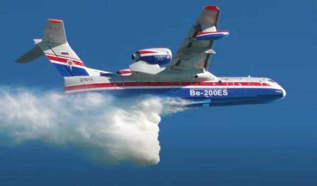 «Бе-200 используется в очень сложных ситуациях»: в Греции хвалят российские самолёты-амфибии, но закупаются на Западе