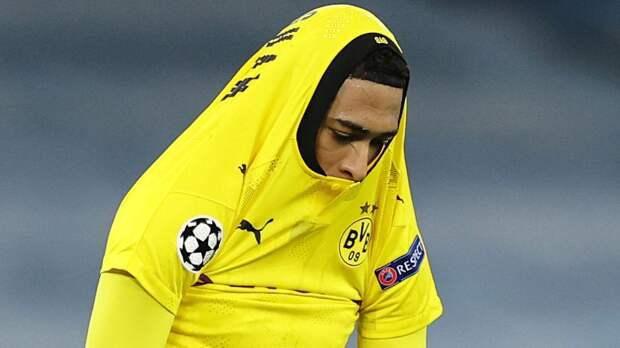 За «Боруссию» в Лиге чемпионов забил 17-летний пацаненок. Его номер уже вывели из обращения в «Бирмингеме»