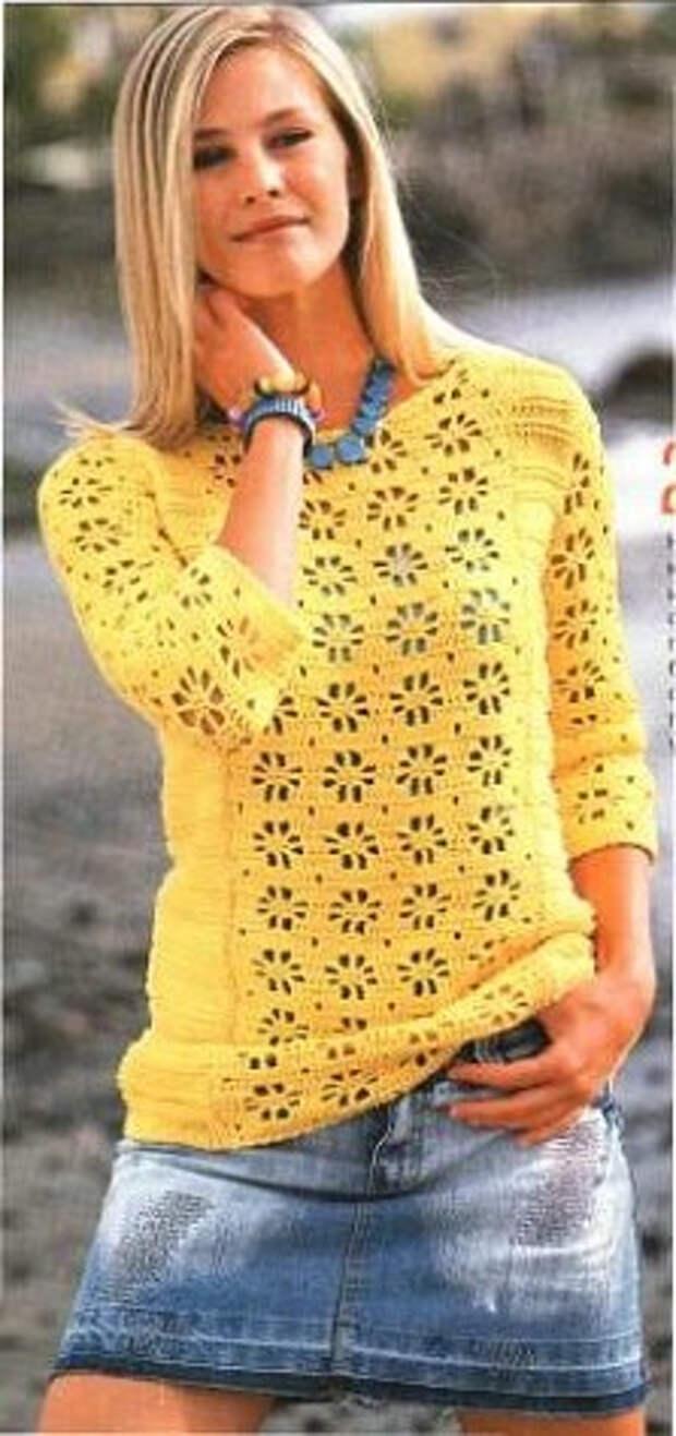 Ажурный пуловер крючком и спицами