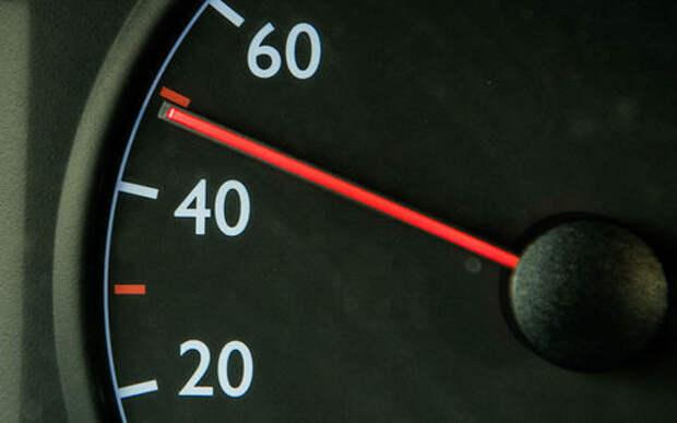 Плюс 10 км/ч вместо +20 — водителям готовят новую «вилку»