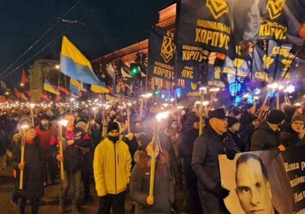 Эту страну уже не исправить: 1 января по Украине прошли нацистские марши