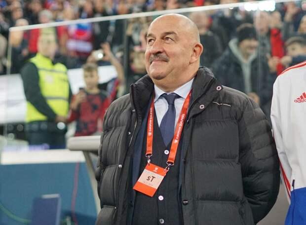 «Украина вничью с Францией играет, а нам Мальта забивает». Соцсети устроили сборной России взбучку